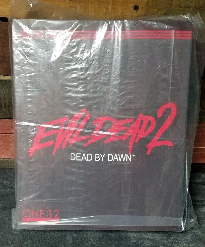 "MEZCO TOYZ ONE:12 COLLECTIVE EVIL DEAD 2 ""ASH"" Horror Figure Collectible Mint"