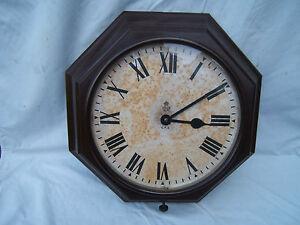 Bakelite-GPO-wall-clock-large-octagonal-17-034-43cm-across-electric-working-Bak1