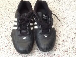 TEAM ADIDAS GOODYEAR RACING SHOES SIZE