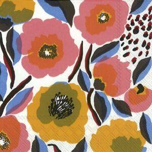 Marimekko-ROSARIUM-white-rose-paper-table-33cm-square-lunch-napkins-20-in-pack