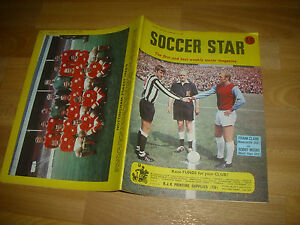 SOCCER-Star-Magazine-NOTTINGHAM-Forest-amp-Bobby-MOORE-cover-pictures-13-09-68