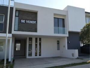 Casa en Venta en La Cima