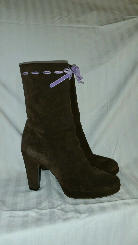 Miu mui brown suede boots sz 35 leather, slight platform, Adorable