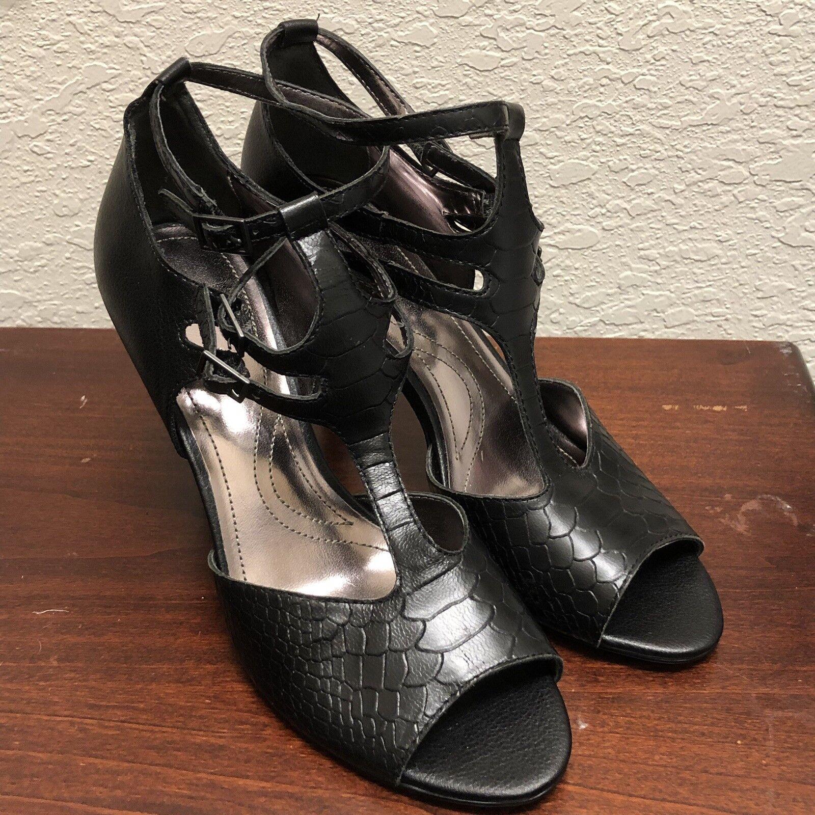 Tahari Women's shoes High Heels Sandals  New Warner Black Leather Size  9M  NWOB