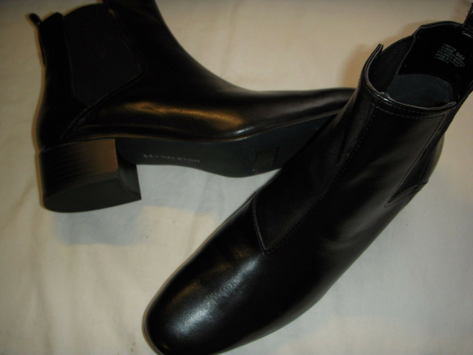 H by Halston Alison Gored Leather Pull-On Ankle Boots Womens 5.5 M Medium Black+