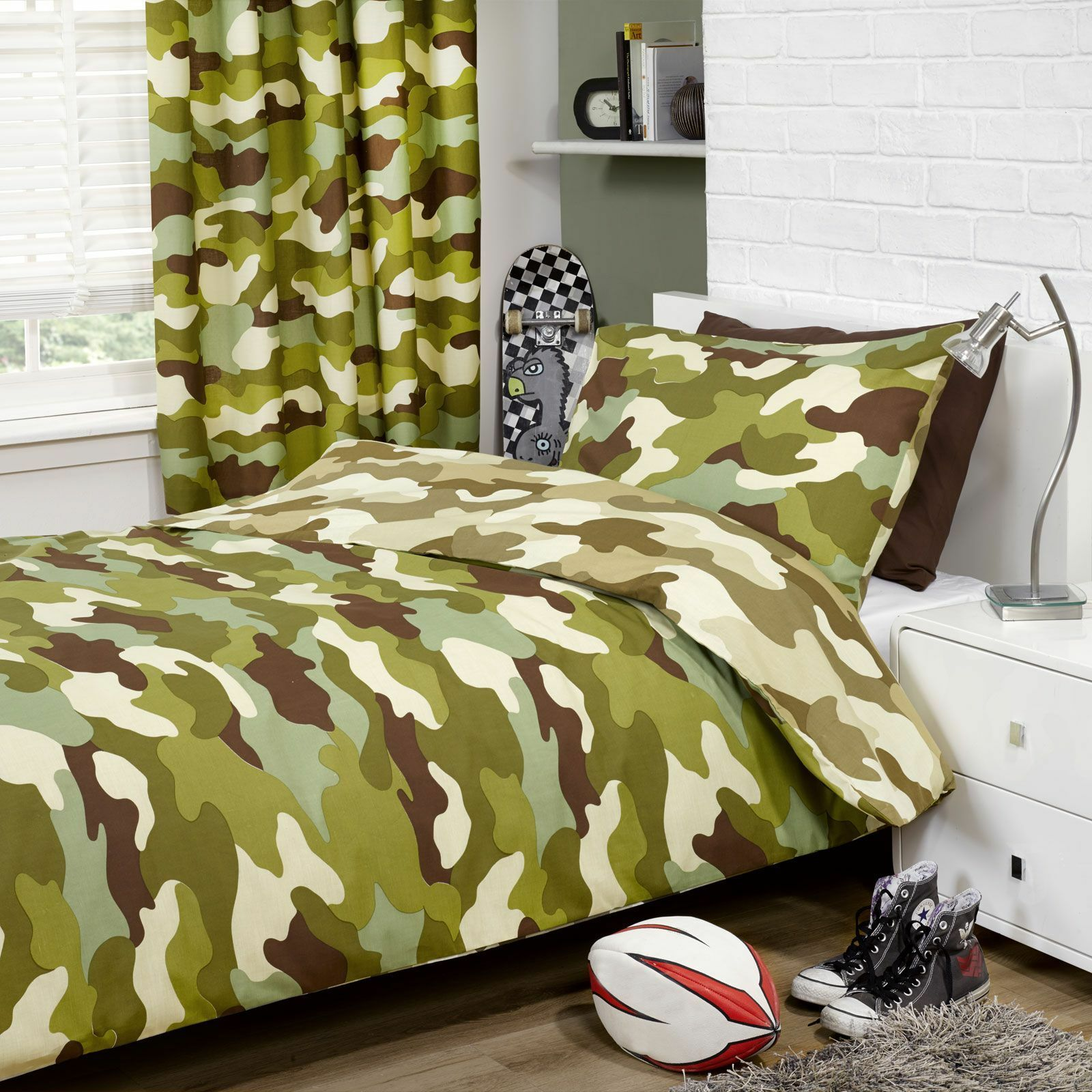 CAMOUFLAGE DUVET COVER & 66  x 72  LINED CURTAINS SET COMBO NEW