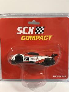 AUDI-R8-LMS-GT3-TecSom-SCX-Compact-1-43-Scale-C10272