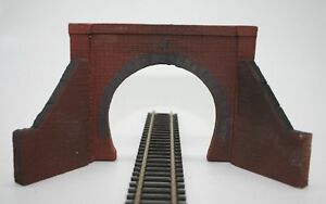 2 X Detailed Model Railway Single Track Tunnel Entrance For Ho / Oo New 07