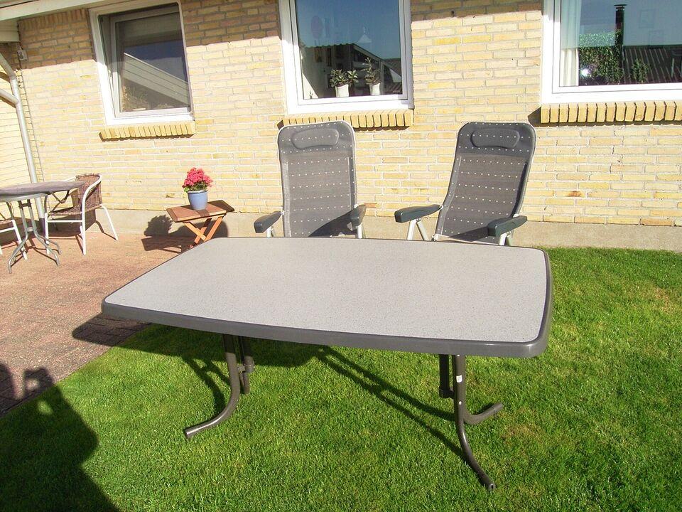 Campingbord m. 4 stole