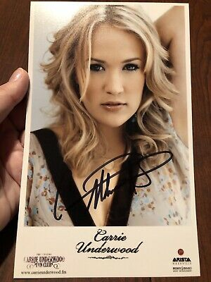 CARRIE UNDERWOOD SIGNED AUTOGRAPHED PICTURE RP 8 1//2 X 11 AUTOGRAPH