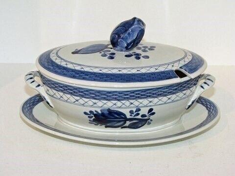 Porcelæn, Tranquebar  Sovseskål med låg,
