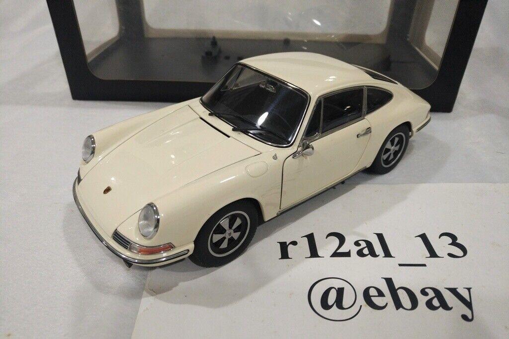 Autoart 1 18 1967 Porsche 911S Ivory bianca 77918