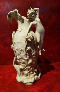 Großartige Vase Antik aus Porzellan