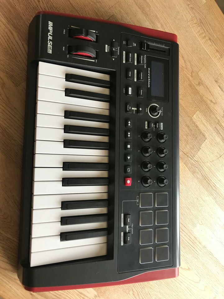 Midii Keyboard / controller , Novation Impulse 25