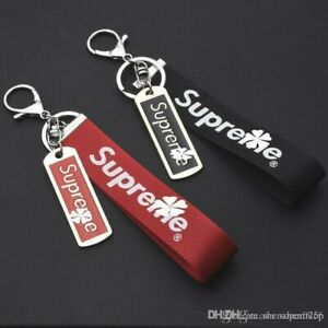 Supreme-2-Keychains-bundle-Red-And-Black-brand-new
