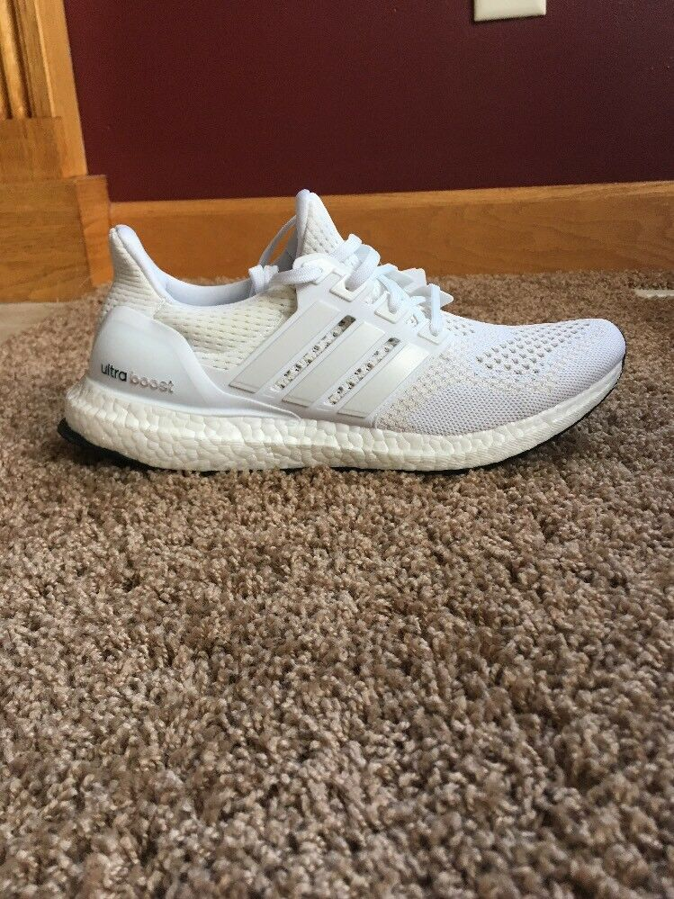Adidas Ultra Boost 1.0 Triple White Size 9 SAMPLE