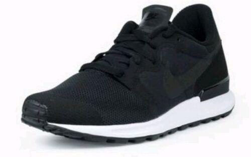 Entrenadores Hombre Corriendo 004 5 9 555305 Air Blanco y Reino Nike negro Unido Berwuda Retro Bwtq6gE