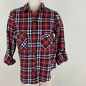 Nollie-Woman-shirt-top-red-plaid-flannel-button-down-studded-size-medium