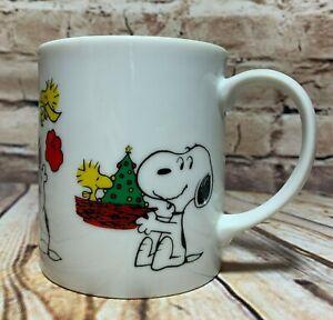 Peanuts-Schulz-Vintage-1965-Snoopy-amp-Woodstock-Christmas-Coffee-Mug-Tea-Cup-10oz