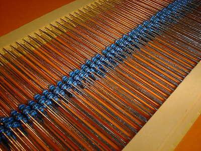 100 Widerstand 180Ohm MF0204 Metallfilm resistors 180R 0,4W TK50 1/% 054872