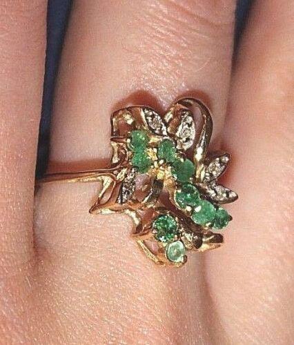 Emerald & Diamond Dinner Ring 14k YG .05 ctw