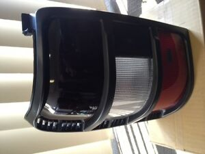 MITSUBISHI-NH-PAJERO-LEFT-HAND-TAILLIGHT