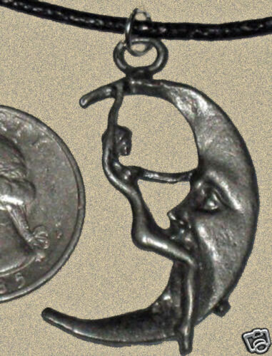 Inhabituel 35 mm lead free Pewter Lady Riding the Moon Charme Collier Pendentif