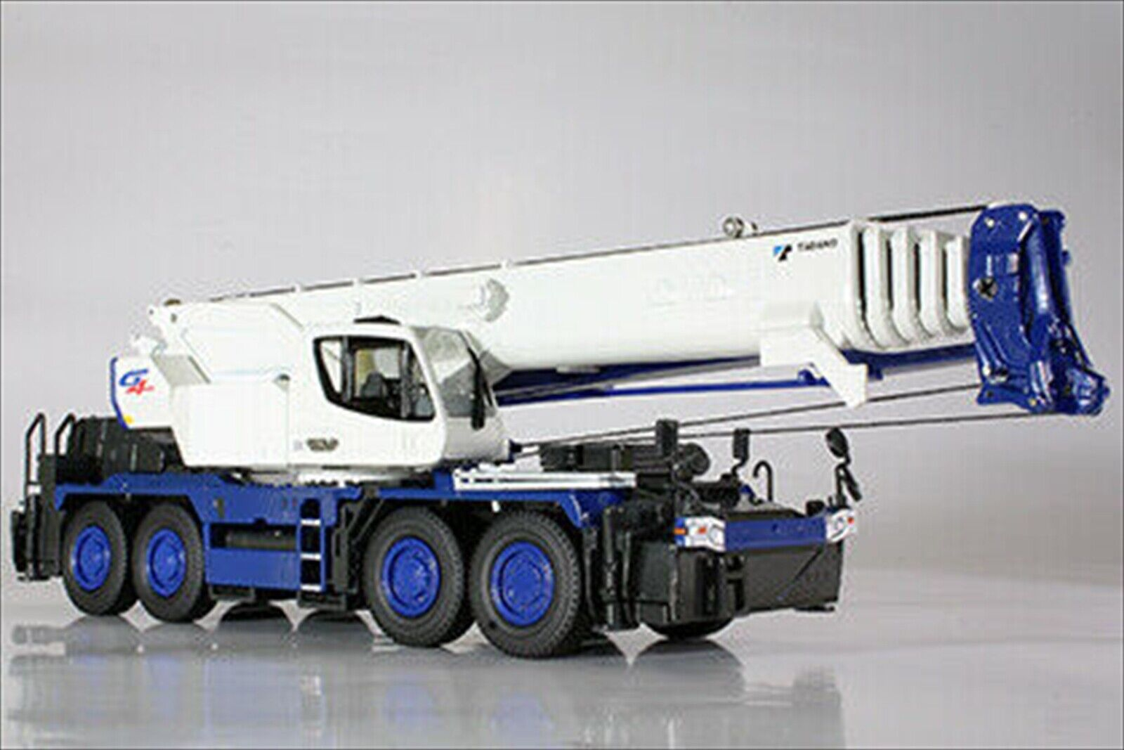 NEW Tadano Official GR-1000N Crane scale Modelll 1 50 from japan
