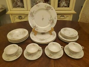 VINTAGE-THEODORE-HAVILAND-NEW-YORK-APPLE-BLOSSOM-24-PC-STARTER-SET-SERVICE-FOR-4