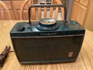Vintage GE General Electric Model 630 transistor Tube radio Untested