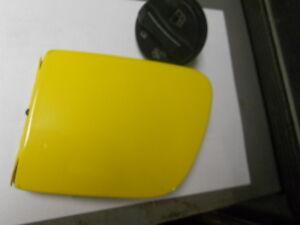 Corvette-C6-Fuel-Door-Lid-Yellow-w-cap-039-05-039-13