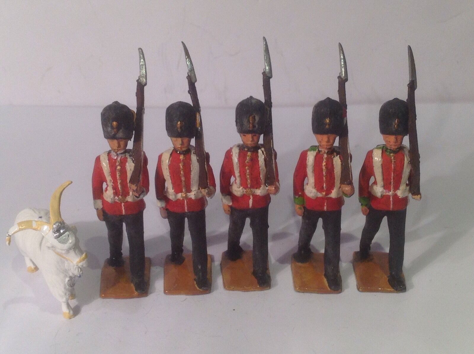 Britains Fusiliers  (my Ref Gr 222) Goat Mascot (unknown Maker) Plume On Left