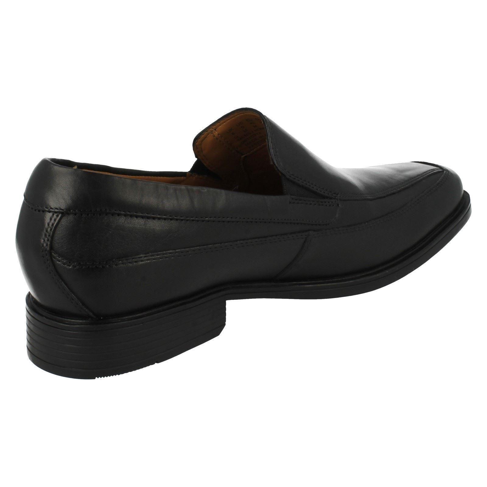 Herren Tilden gratis schwarze Clarks Slipper Schuhe von Clarks schwarze Verkaufspreis 86b385