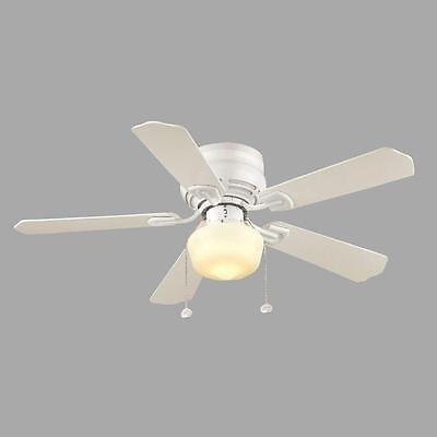 Hampton Bay Middleton 42 in. White Ceiling Fan w/ Light Kit 121079 - New