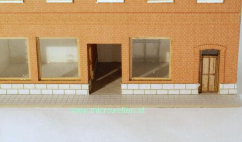 Lasercut Bausatz Genossenschaftshaus Backstein mit zwei Läden N