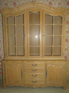 Image Is Loading Ethan Allen Country French Lighted Gl China Cabinet