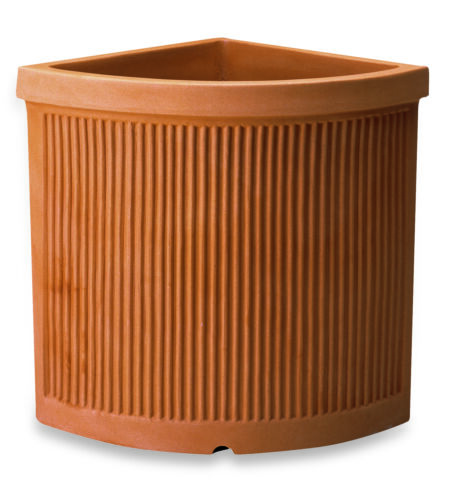 44 Vaso Resina Angolare Millerighe cm