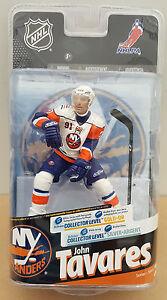 McFarlane-NHL-24-John-Tavares-Islanders-Collectors-Level-6-034-Figure-44-300