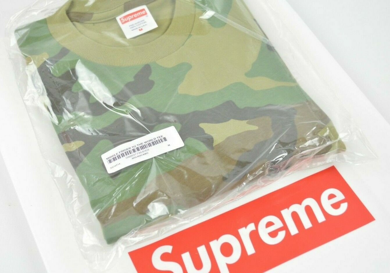 Supreme MIDDLE FINGER TO THE WORLD Tee MEDIUM Woodland Camo SS19 IN HAND
