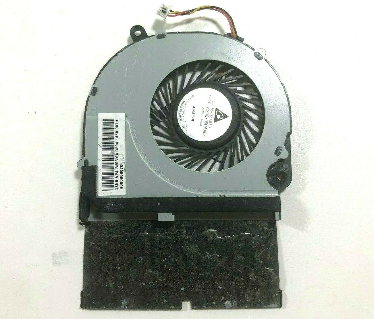 HEATSINK H000068070 GENUINE! TOSHIBA E45T-B4200 E45T-B SERIES CPU COOLING FAN