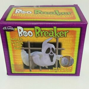 BOO-BREAKER-2-part-Ghost-Halloween-Decoration-Prop-Mounts-on-both-sides-of-glass