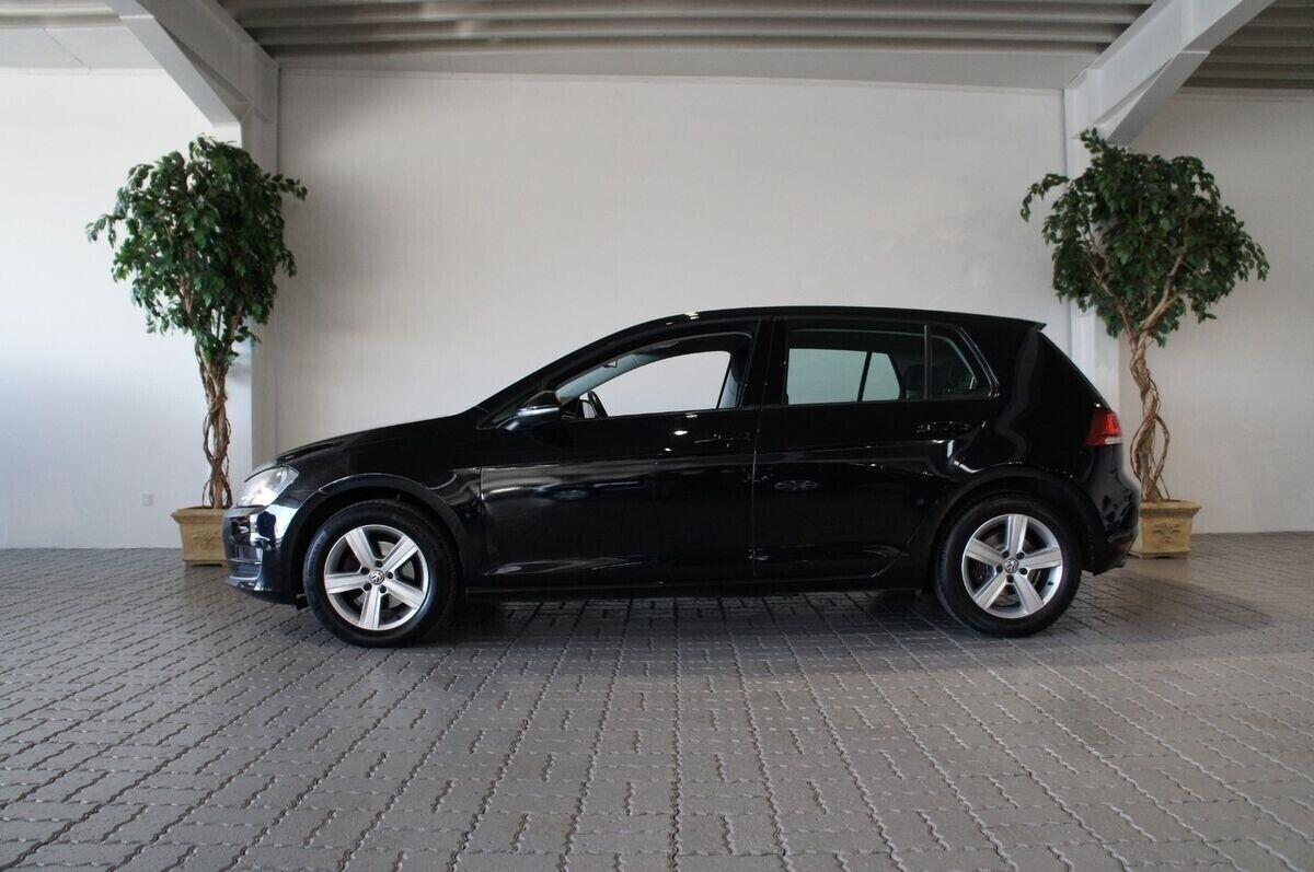 VW Golf VII 2,0 TDi 150 Highline DSG BMT 5d - 179.900 kr.