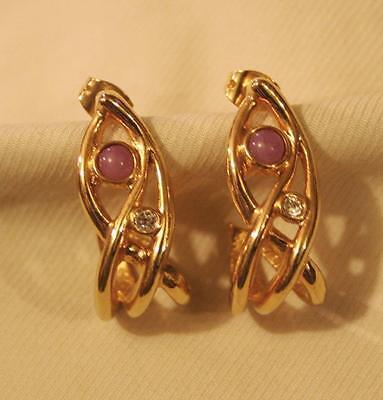 Lovely Openwork Goldtn Twist Swirled Violet & Clear Rhinestone PIERCED Earrings