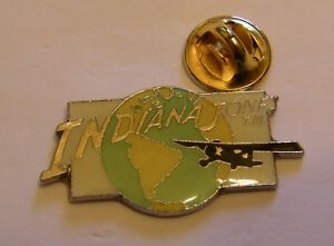 INDIANA-JONES-AIRPLANE-around-the-EARTH-LUCAS-FILMS-vintage-pin-badge