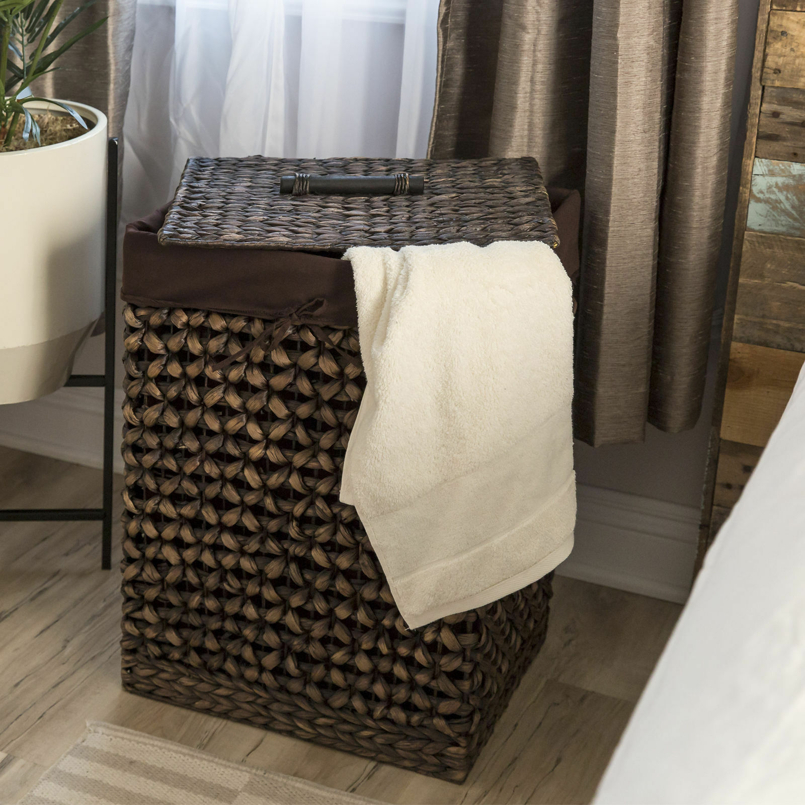 Hand Woven braun Water Hyacinth Laundry Hamper Basket Removable Liner Lid Handle