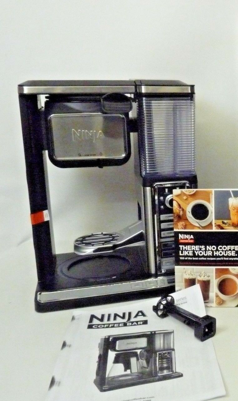Ninja Auto-IQ Coffee Bar Glass Carafe System, Iced+ CF091 Light Use