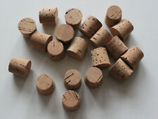 10 Fasskorken 30 x 26 mm Höhe 27 mm  aus Natur Kork  für Weinballon