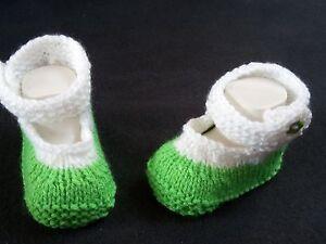 Gestrickte Babyschuhe grün gestrickt,gehäkelt Handarbeit Sohlenlänge 10 cm- Neu!