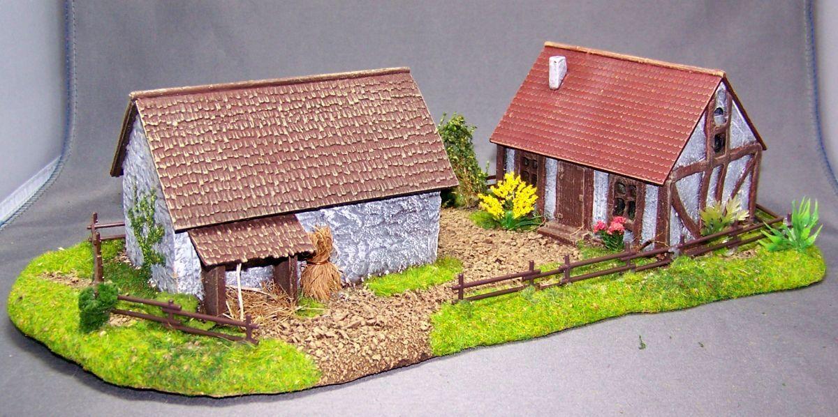 Luogo di costruzione del modello 1/87: h015062 ELEUomoTI terreno FATTORIA CON 2