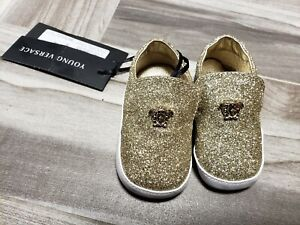 c60495d6 NWT NEW Young Versace baby boys girls gold glitter Medusa crib shoes ...